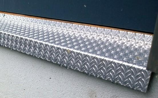 Kynnyspelti alumiini